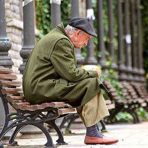 Anciano sin cuidado y Asistencia en Madrid